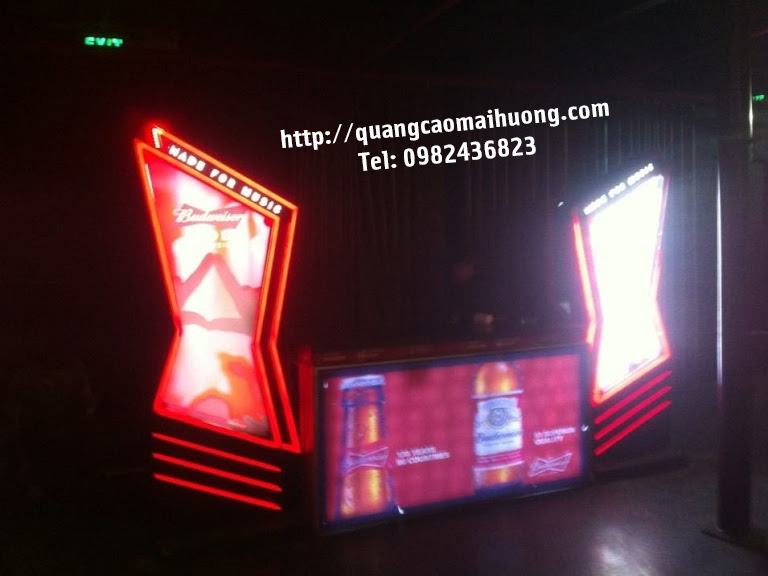 Standee LED