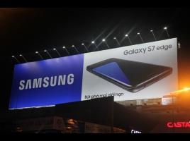 Biển quảng cáo điện thoại samsung